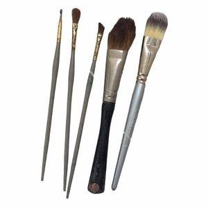 5 make up brushes